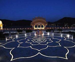 Explore Jaipur's Jal Mahal