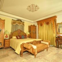 13. Regent Suite