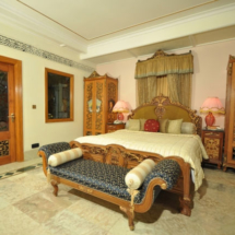 15. Regent Suite