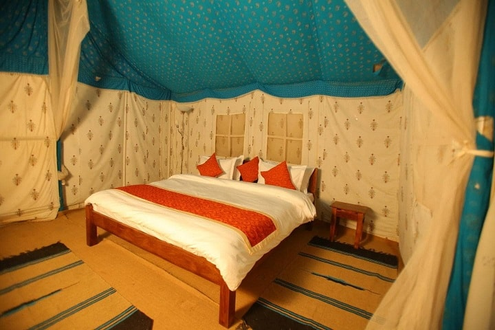 Dangri desert safari camp